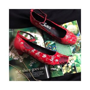 Vintage Red Embroidered Shoe